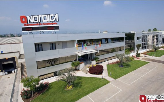 Fabrika krby La Nordica Italy A